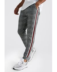 BoohooMAN MAN Signature Jacquard Cuffed Jogger With Tape - Rouge