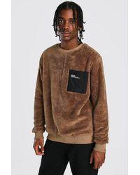 BoohooMAN MAN Borg-Sweatshirt mit Nylon-Tasche - Braun