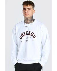 BoohooMAN Sweatshirt in Übergröße mit Chicago-Print - Weiß
