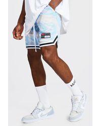 BoohooMAN Short de basketball en tulle marbre avec bande MAN - Violet