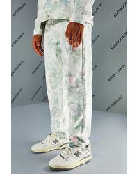 BoohooMAN Lockere florale Jeans - Grün