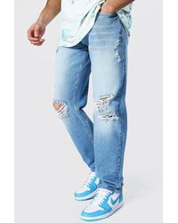 BoohooMAN Relaxed Fit Jean With Knee Rips - Blue