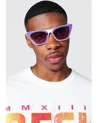BoohooMAN Recycelte Sonnenbrille mit Kristall-Overlay - Lila