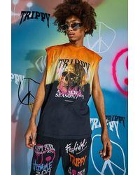 BoohooMAN Vesttop in Übergröße mit Batik-Muster und Skull Tour-Print - Orange
