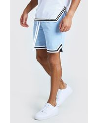 BoohooMAN Airtex Basketball-Shorts mit Streifen - Blau