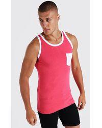 BoohooMAN Muscle-Fit Trägershirt mit Kontrast-Tasche - Pink