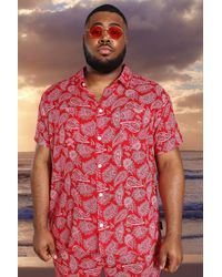 BoohooMAN Plus Short Sleeve Viscose Paisley Shirt - Red
