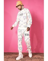 BoohooMAN Sweatshirt-Trainingsanzug mit Herz-Print - Pink