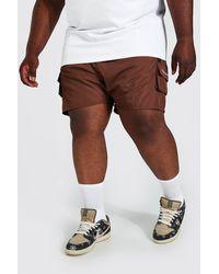 BoohooMAN Plus 3D Cargo-Shorts mit Detail - Braun