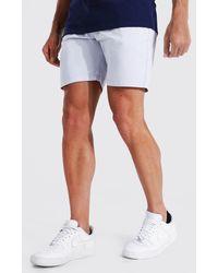 BoohooMAN Slim Chino-Shorts mit Man Gummi-Etikett - Grau