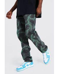 BoohooMAN Relaxed Fit Jeans mit Blitz-Print - Grün