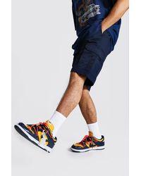 BoohooMAN Cargo-Shorts mit elastischer Taille - Blau