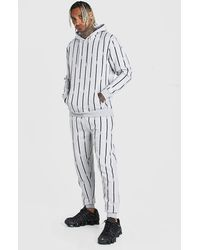 BoohooMAN All Over Man Stripe Tracksuit - Grey