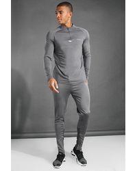 BoohooMAN MAN Active Trainingsanzug mit Trichterkragen und 1/4-Reißverschluss - Grau