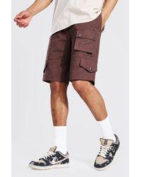 BoohooMAN Lockere Tall Twill Cargo-Shorts mit festem Bund - Braun