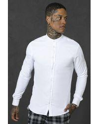 BoohooMAN Langärmeliges, körperbetontes Hemd mit Granddad-Kragen - Weiß