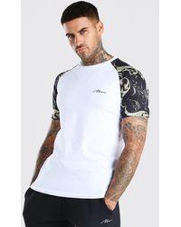 BoohooMAN Muscle Fit Man Signature Baroque Raglan T-shirt - White