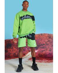 BoohooMAN Übergroßer Short-Trainingsanzug mit Sweatshirt in Batik-Optik - Grün