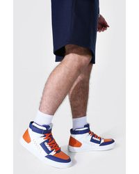 BoohooMAN Man Hi Top Trainer With Buckles - Multicolore