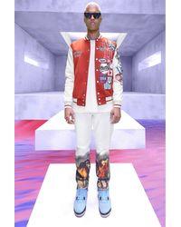 BoohooMAN Gerade Jeans mit Pferde-Print - Weiß