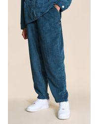 BoohooMAN Tall Lässige Skaterhosen aus Cord - Grün