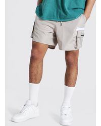BoohooMAN Shell Cargo Short With Rubber Badge - Mehrfarbig