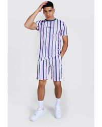 BoohooMAN Muscle Fit Man Stripe T-shirt & Short Set - Blue