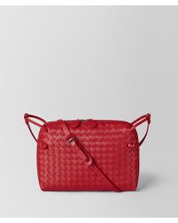 Bottega Veneta - China Red Intrecciato Nappa Messenger - Lyst