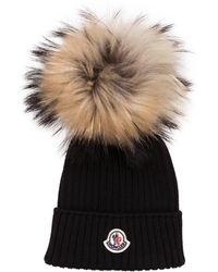 Moncler Mütze mit Echtpelzbommel - Schwarz