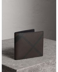 Burberry - London Check Id Wallet Chocolate/black - Lyst