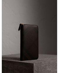 Burberry - London Check Ziparound Wallet Chocolate/black - Lyst