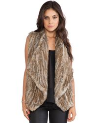 Alice + Olivia Harriet Rabbit Fur Vest - Lyst