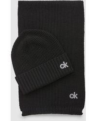 Calvin Klein Set de regalo con bufanda y gorro de punto de mezcla de lana - Negro