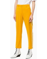 Calvin Klein Track Pants mit Bügelfalten - Gelb