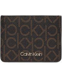 Calvin Klein Pashouder Met Logo - Bruin