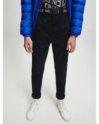 Calvin Klein Tapered Chino's Met Riem Met Logo - Zwart