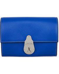 Calvin Klein Leren Trifold Portemonnee Met Slot - Blauw