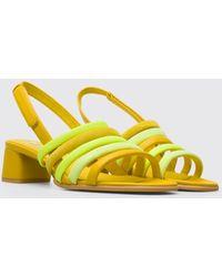 Camper Gele Sandaal. - Geel
