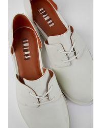Camper Zapatos de piel en color blanco