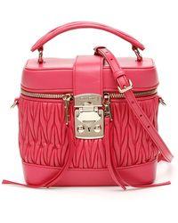 Miu Miu Miu Confidential Matelasse Beauty Case - Red