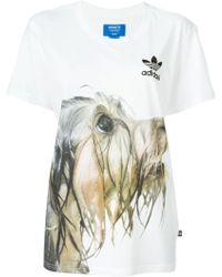 diseño atemporal vista previa de amplia selección de colores y diseños adidas Originals Dog-Print Cotton T-Shirt in White - Lyst