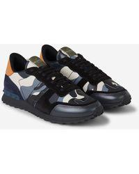 Valentino Garavani - Garavani Rockstud Camouflage Sneakers - Lyst