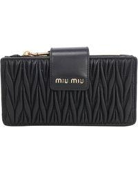 Miu Miu Matelassé Wrist Strap Clutch Bag - Black
