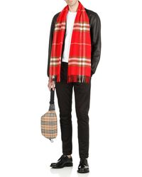 Burberry The Classic Check Scarf - Red