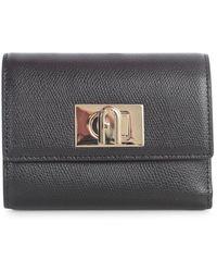 Furla 1927 Twist-lock Compact Wallet - Black