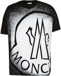 Moncler Logo Print Crewneck T-shirt - Black