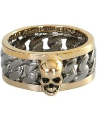 Alexander McQueen Skull Engraved Ring - Metallic