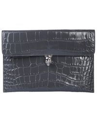 Alexander McQueen Turnlock Skull Pouch - Gray