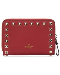 Valentino Garavani Rockstud Zipped Wallet - Red