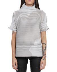 Issey Miyake Short-sleeved Ribbed Top - Grey